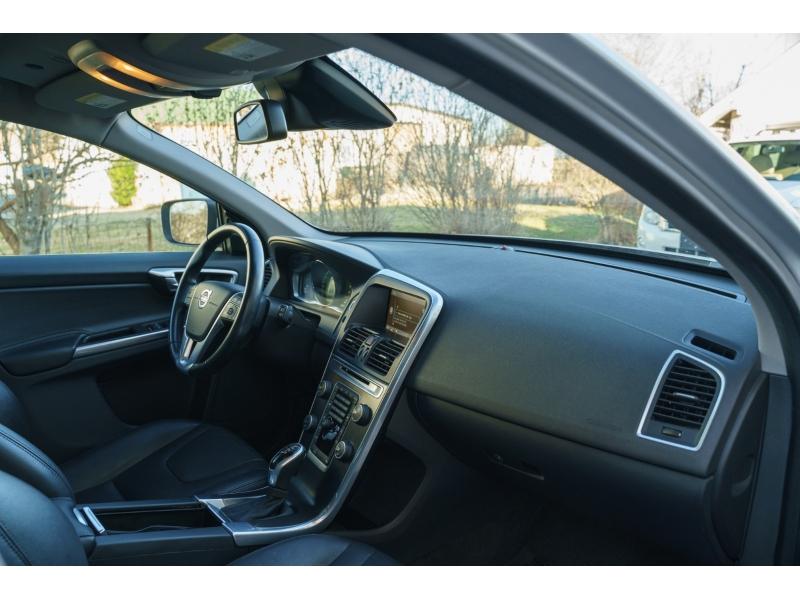 Volvo XC 60 2015 price $13,480