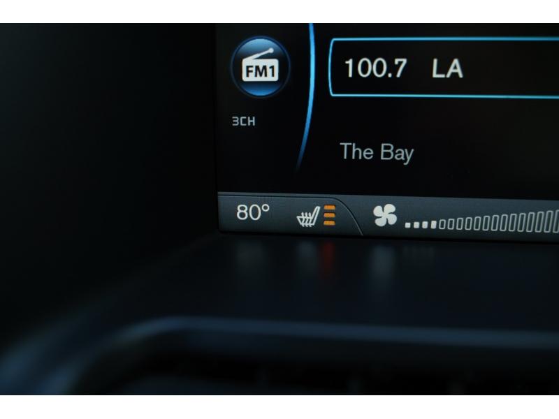 Volvo XC 60 2012 price $9,770