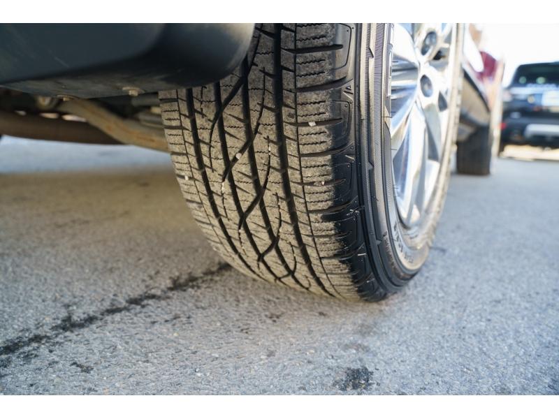 Ford Edge 2011 price $11,880