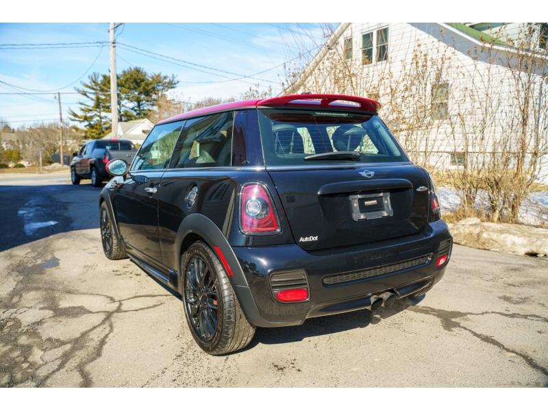 Mini Cooper Hardtop 2013 price $15,570