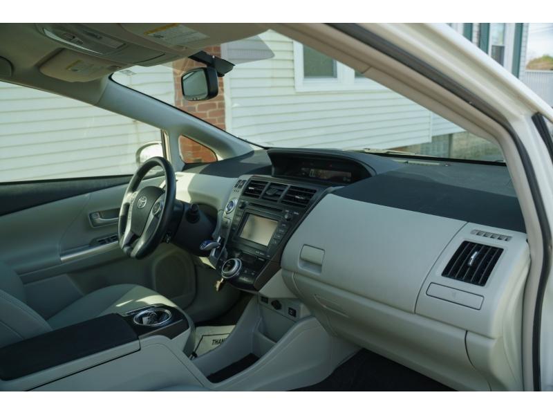 Toyota Prius v 2013 price $11,390