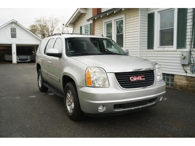GMC Yukon 2014 price $17,990