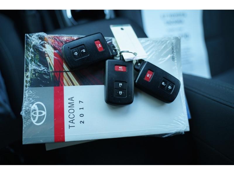 Toyota Tacoma 2017 price $31,770