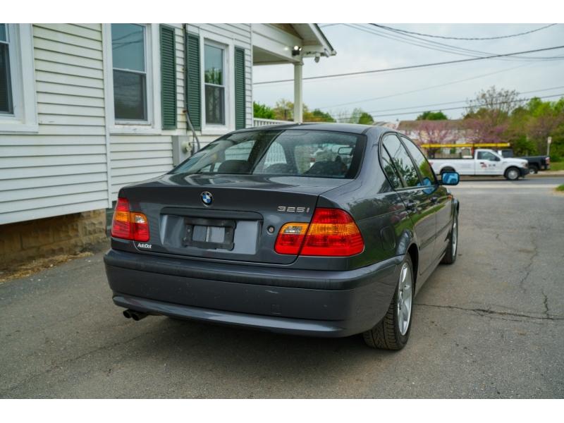 BMW 3-Series 2002 price $5,770