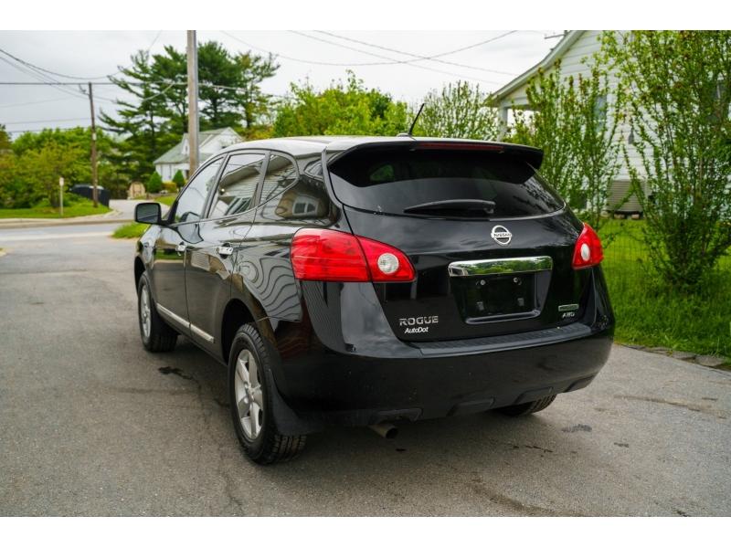 Nissan Rogue 2013 price $10,770