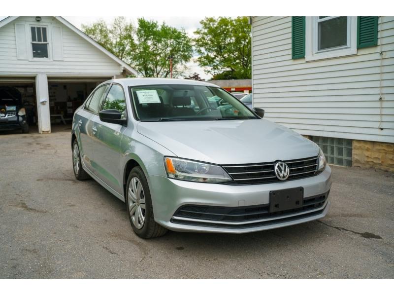 Volkswagen Jetta 2015 price $12,480