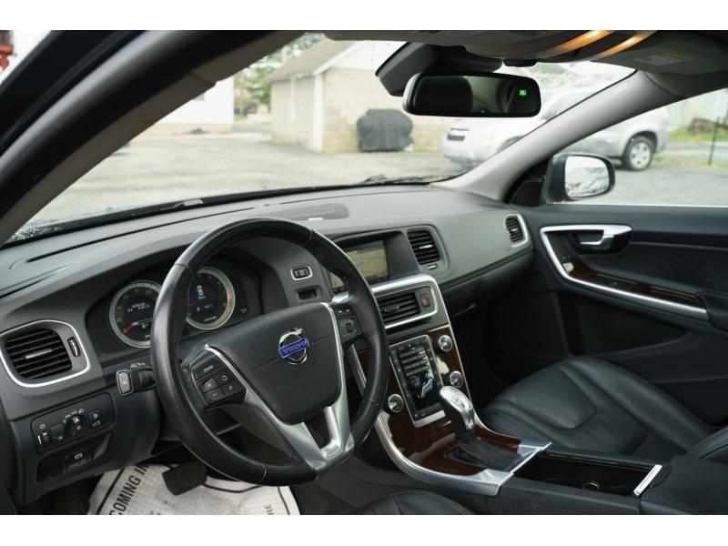 Volvo S 60 2013 price $13,770