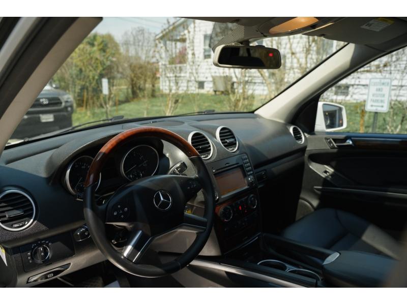Mercedes-Benz M-Class 2011 price $12,890