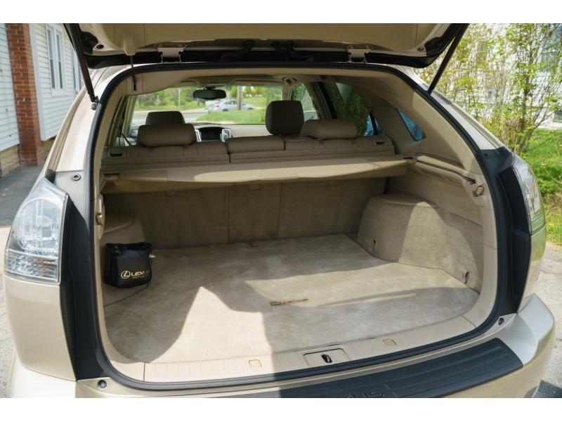 Lexus RX 330 2004 price $8,770
