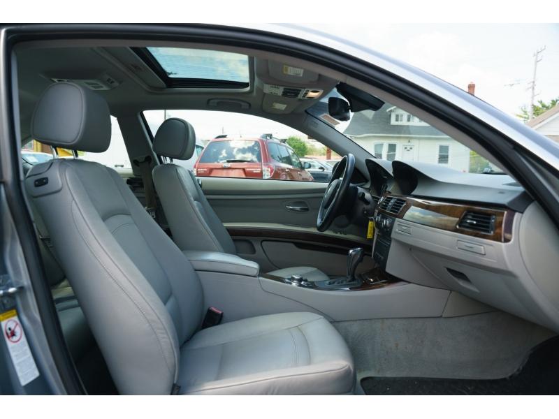 BMW 3-Series 2009 price $9,770