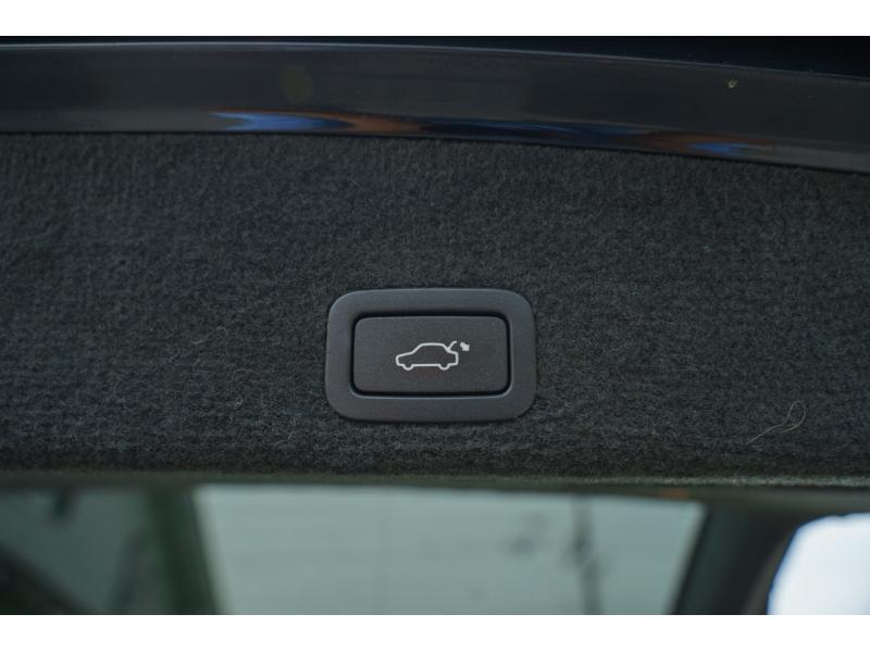Volvo XC 60 2011 price $14,880