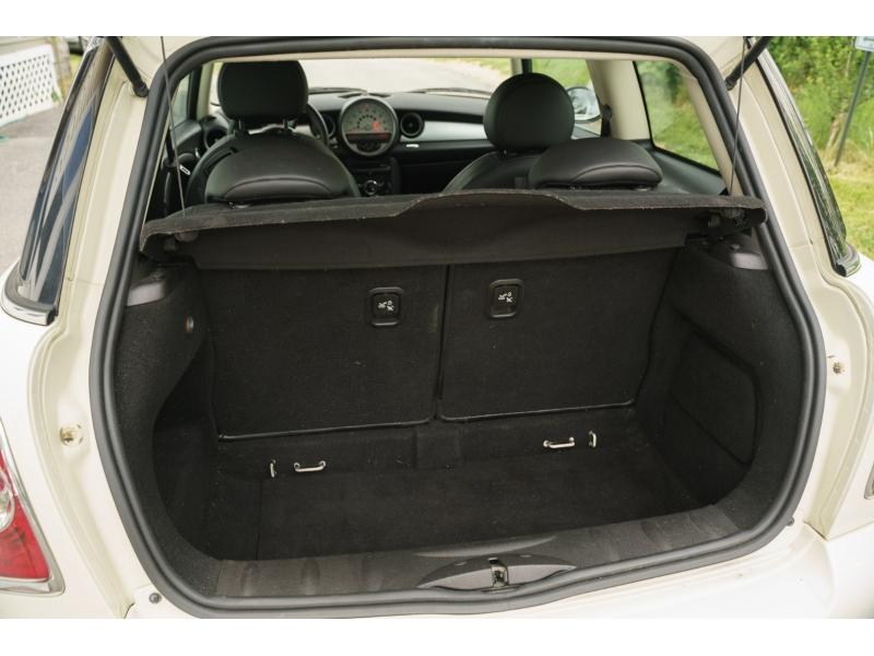Mini Cooper Hardtop 2012 price $8,770