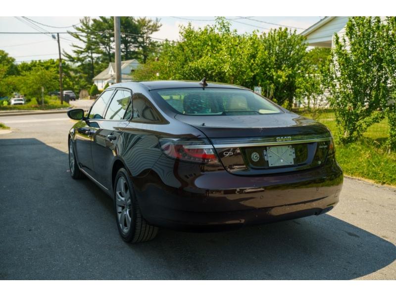 Saab 9-5 2011 price $10,480
