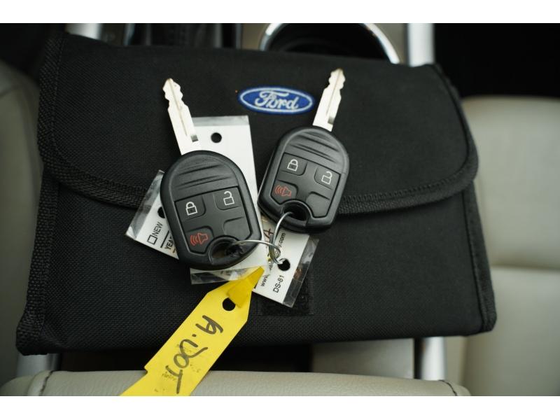 Ford Edge 2013 price $15,880