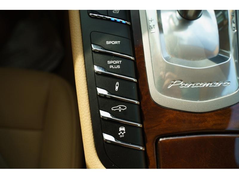 Porsche Panamera 2010 price $34,570