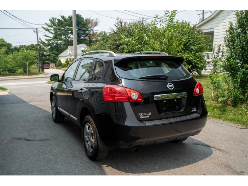 Nissan Rogue Select 2015 price $10,990
