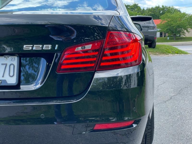 BMW 5-Series 2016 price $22,990