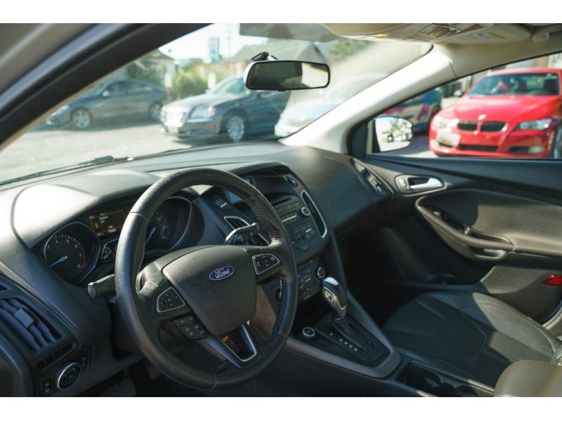 Ford Focus 2016 price $11,490