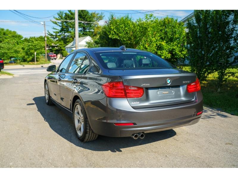 BMW 3-Series 2015 price $17,770