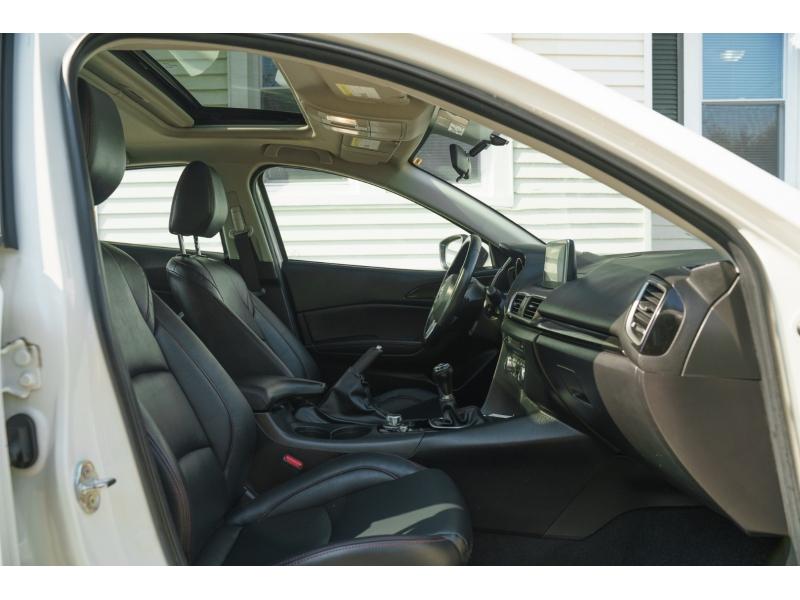 Mazda 3 2015 price $15,490