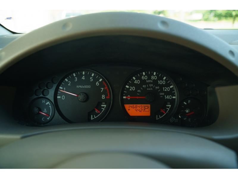 Nissan Frontier 2009 price $11,490