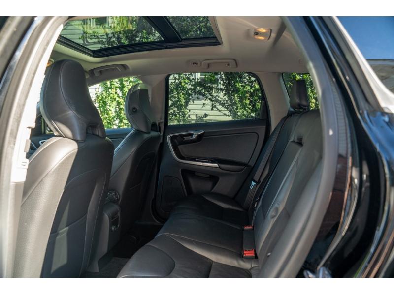 Volvo XC60 2014 price $15,790