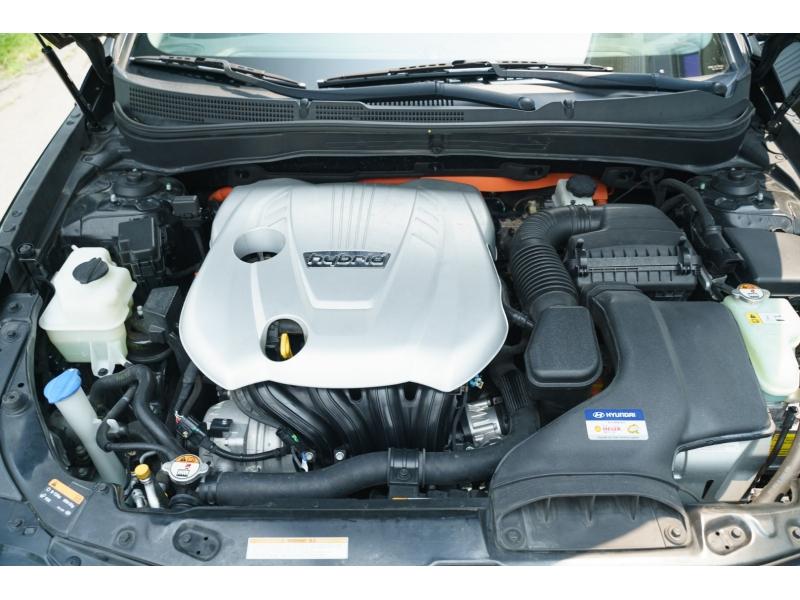 Hyundai Sonata Hybrid 2013 price $10,880