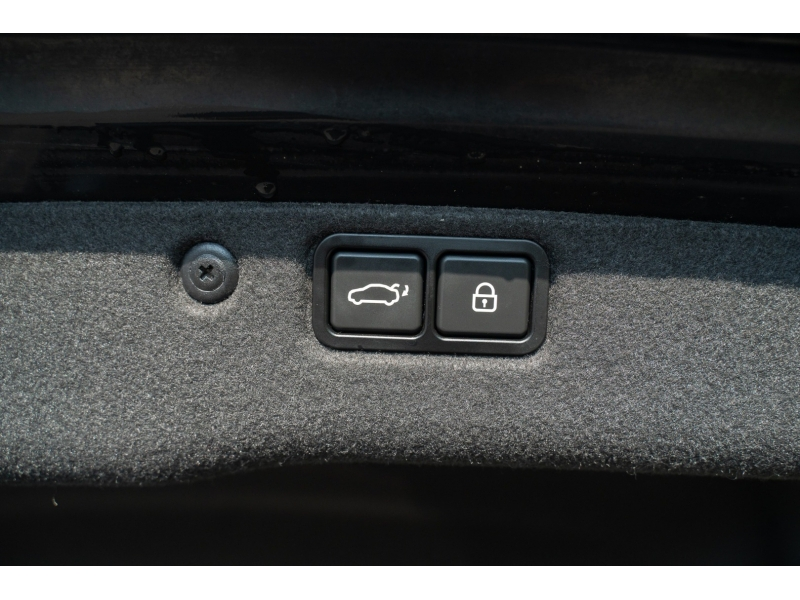 Hyundai Equus 2014 price $20,880