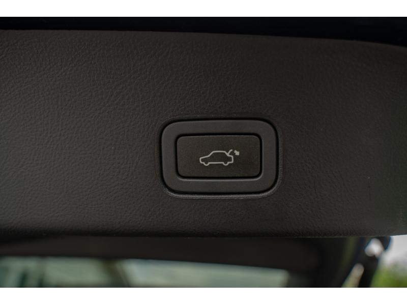 Land Rover Range Rover Sport 2012 price $20,770