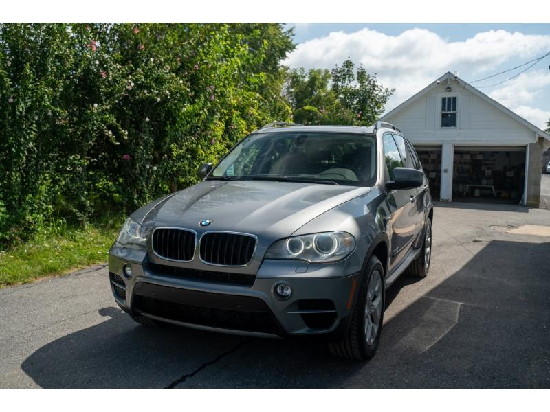 BMW X5 2012 price $17,990