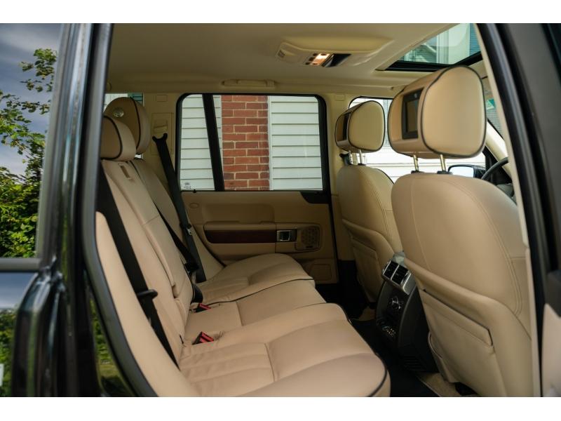 Land Rover Range Rover 2011 price $19,880