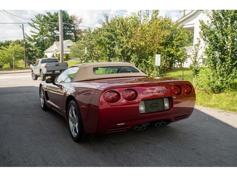 Chevrolet Corvette 2004 price $24,570