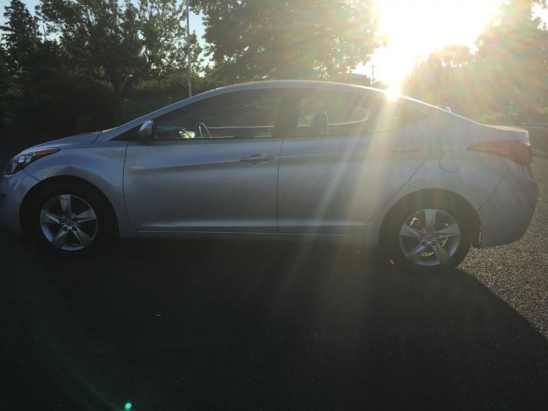 Hyundai Elantra 2012 price $5,695