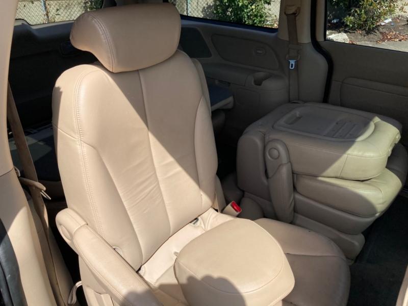 Kia Sedona 2008 price $4,495