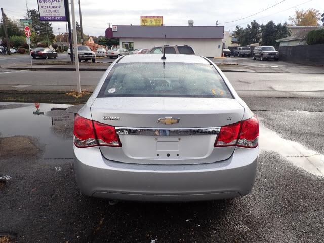 Chevrolet Cruze 2011 price $5,895