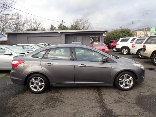 Ford Focus 2014 price $7,495