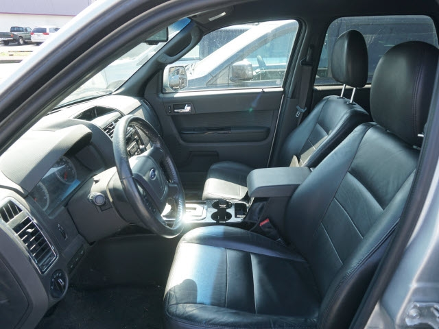 Ford Escape 2009 price $4,895