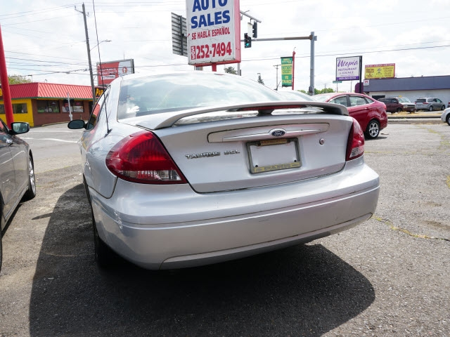 Ford Taurus 2007 price $3,995