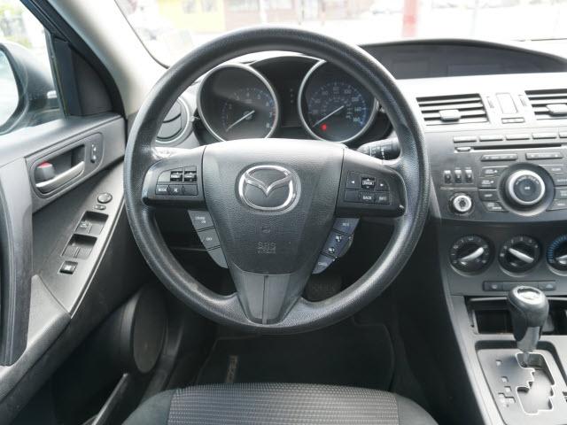 Mazda Mazda3 2013 price $5,677