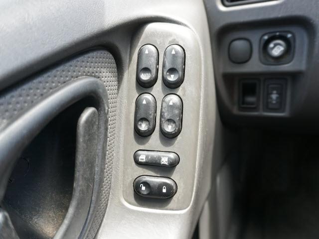 Ford Escape 2005 price $3,988