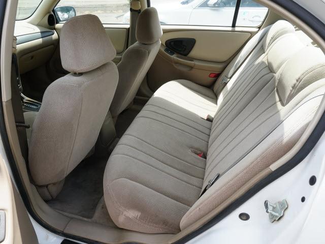 Chevrolet Classic 2004 price $2,995