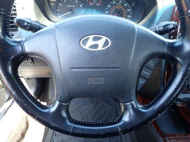 Hyundai Sonata 2004 price $2,495