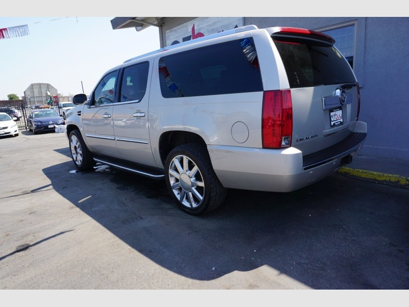 Cadillac ESCALADE 2007 price $12,995