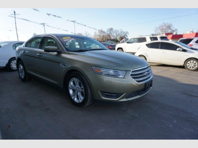 Ford Taurus 2013 price $12,995