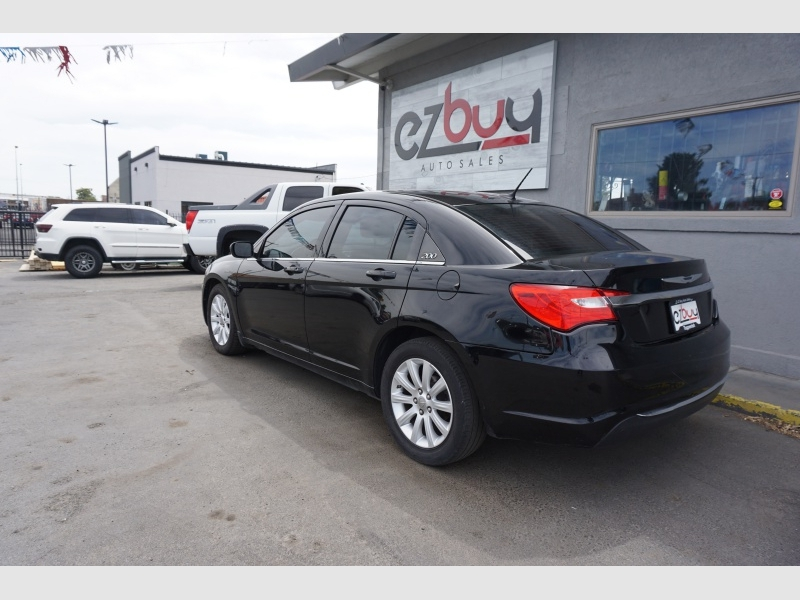 Chrysler 200 2014 price $8,995