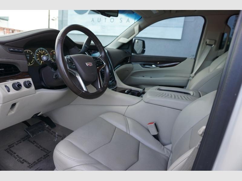 Cadillac Escalade ESV 2015 price $35,995
