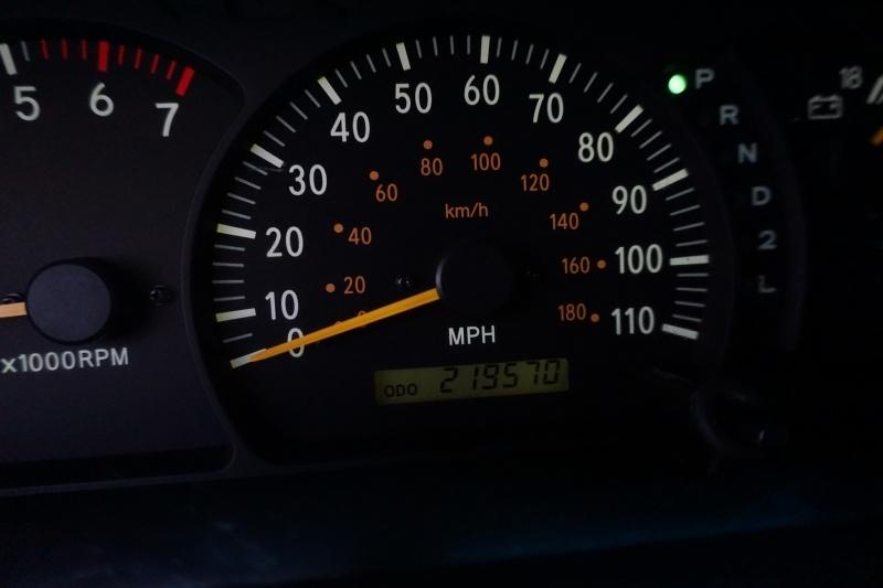 Toyota Tundra 2000 price $8,995