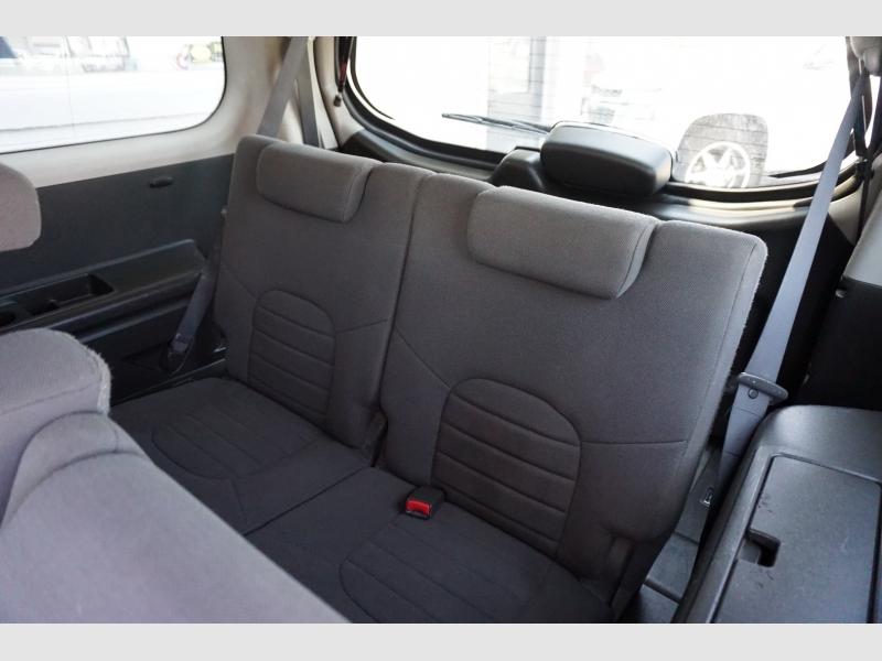 Nissan Pathfinder 2005 price $7,995