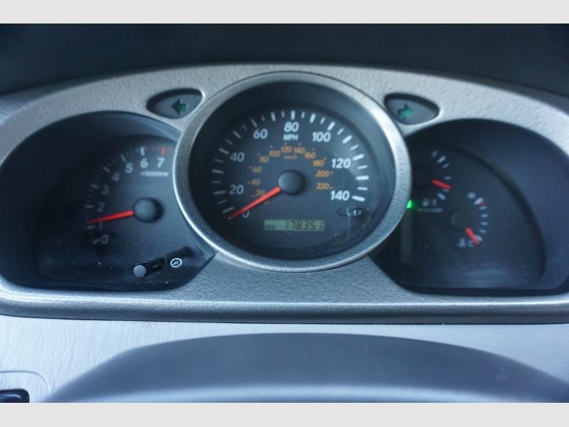 Toyota Highlander 2002 price $7,995