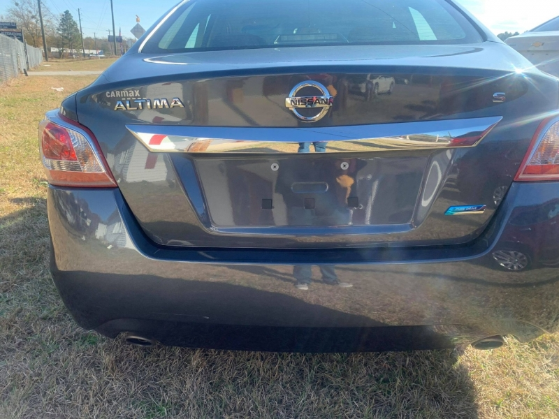 Nissan Altima 2013 price $11,999